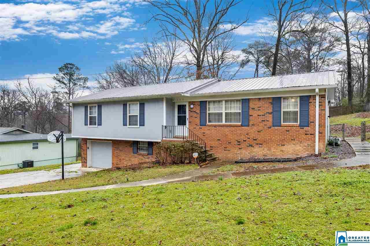 309 26TH CT NW, Center Point, AL 35215 - MLS#: 874794