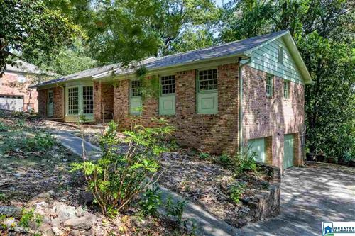 Photo of 3741 FOREST RUN RD, MOUNTAIN BROOK, AL 35223 (MLS # 863804)