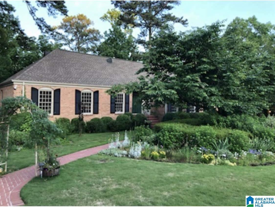 3745 N WOODRIDGE ROAD, Mountain Brook, AL 35223 - MLS#: 1279818