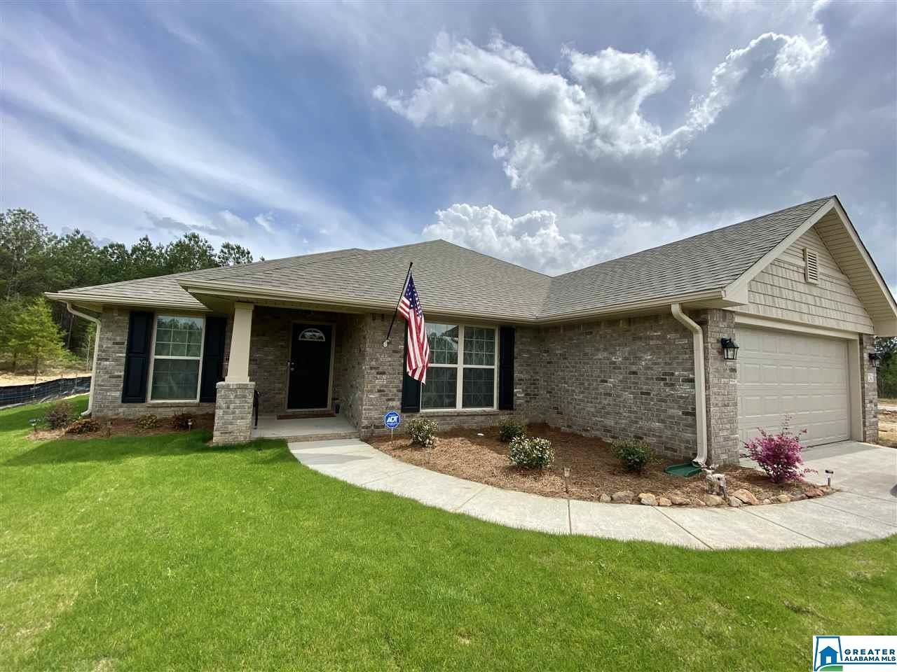 241 WATERFORD LAKE DR, Calera, AL 35040 - #: 877830