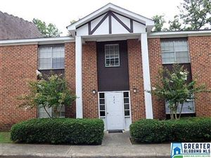 Photo of 828 BEACON PKWY, BIRMINGHAM, AL 35209 (MLS # 855870)