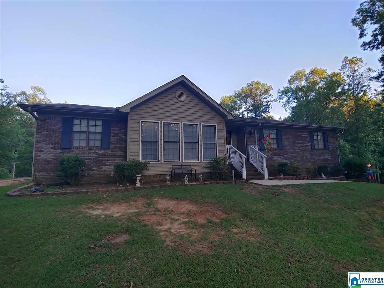3225 FIELDALE DR, Hueytown, AL 35023 - #: 885912