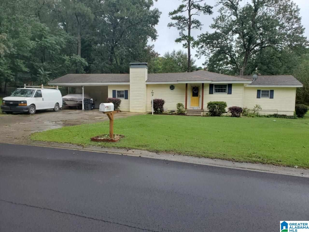 437 17TH TERRACE NW, Center Point, AL 35215 - MLS#: 1298954