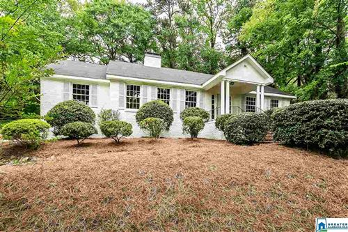 Photo of 209 CROSS RIDGE RD, MOUNTAIN BROOK, AL 35213 (MLS # 883999)