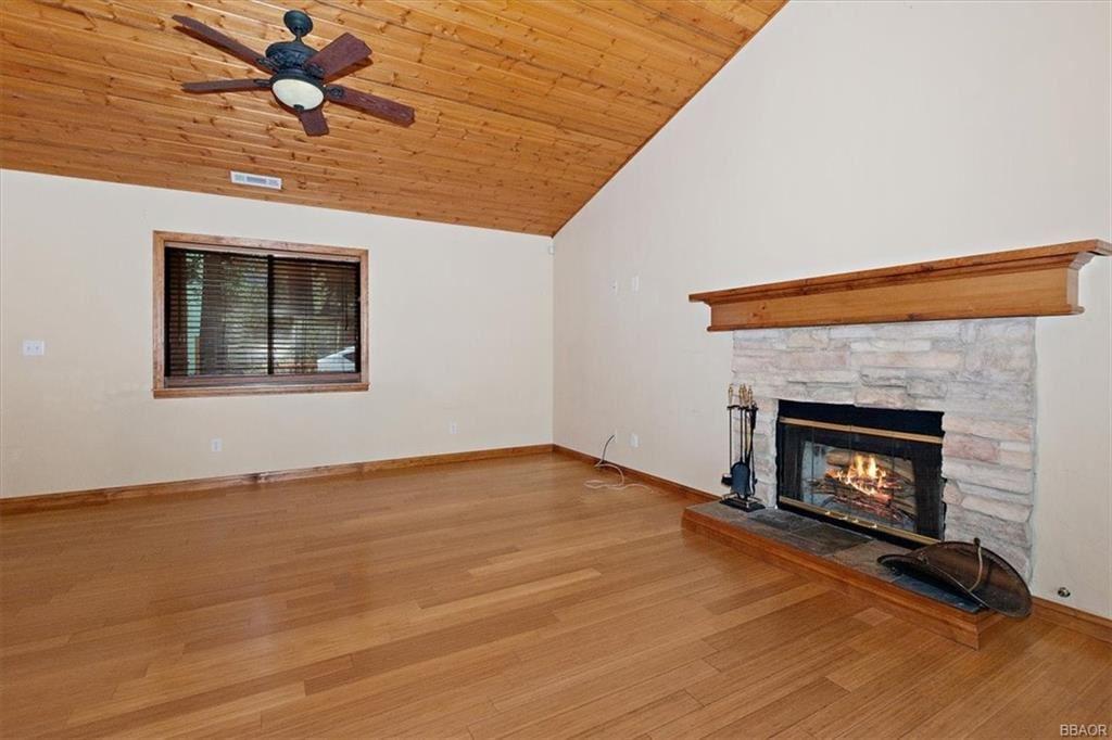 Photo of 502 Pine Lane, Sugarloaf, CA 92386 (MLS # 32104002)