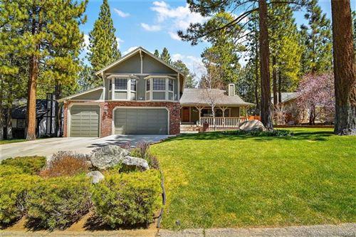 Photo of 595 Killington Way, Big Bear Lake, CA 92315 (MLS # 32104003)