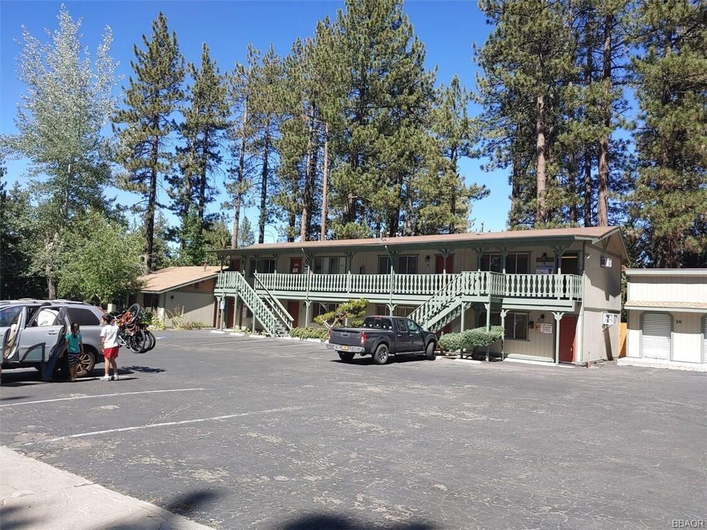 Photo of 41659 Big Bear Boulevard, Big Bear Lake, CA 92315 (MLS # 32104008)