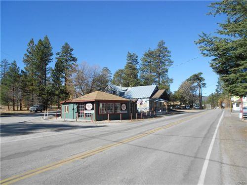 Photo of 40277 Big Bear Boulevard, Big Bear Lake, CA 92315 (MLS # 31909028)