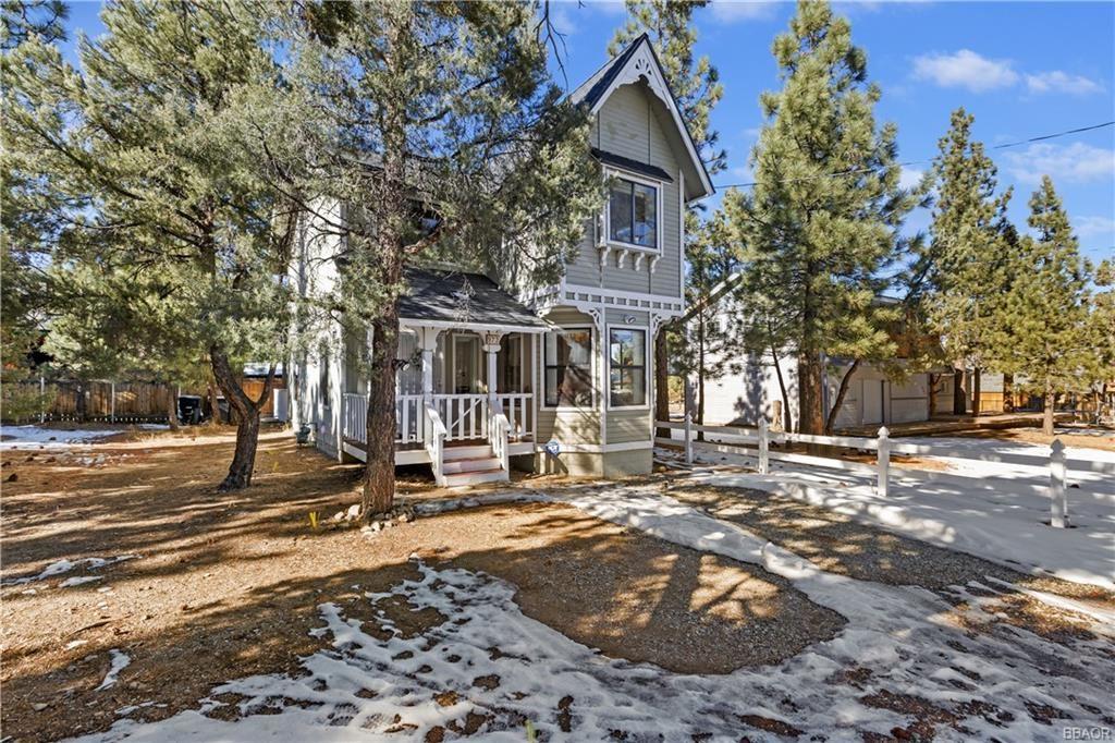 Photo of 973 Cypress Lane, Big Bear City, CA 92314 (MLS # 32100029)