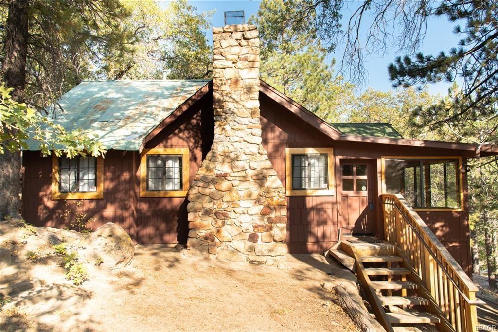 Photo of 260 Nolan Trail aka Big Bear Tract Trail, Fawnskin, CA 92333 (MLS # 32004034)