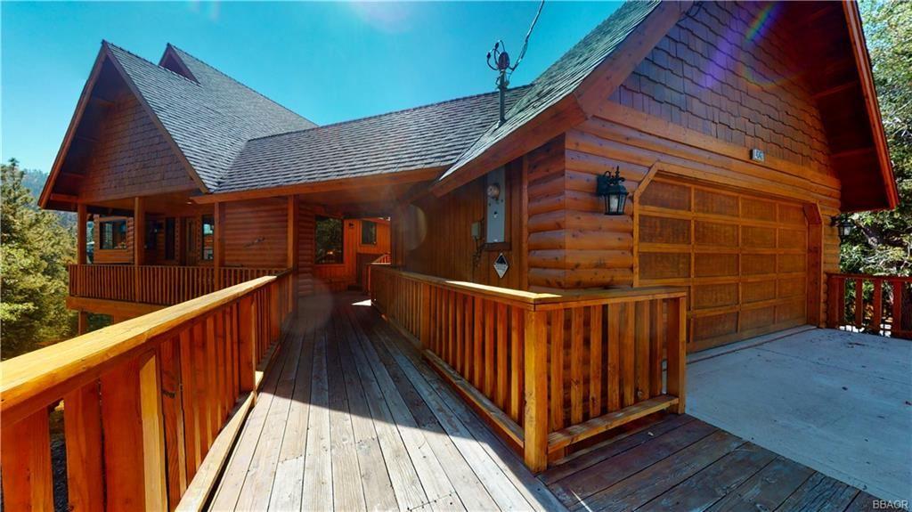 Photo of 43427 Ridgecrest Drive, Big Bear Lake, CA 92315 (MLS # 32108045)