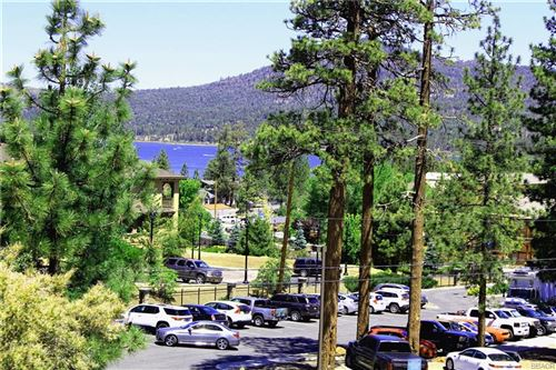 Photo of 807 Cameron Drive, Big Bear Lake, CA 92315 (MLS # 32002047)