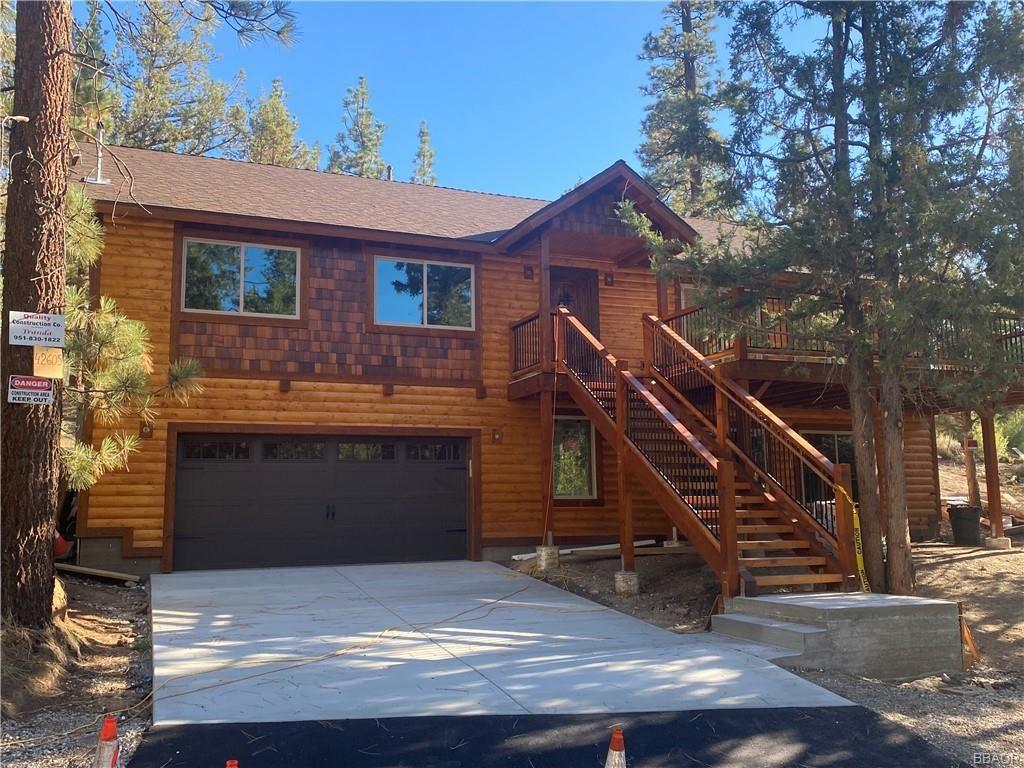 Photo of 42605 Avalon Road, Big Bear Lake, CA 92315 (MLS # 32108055)
