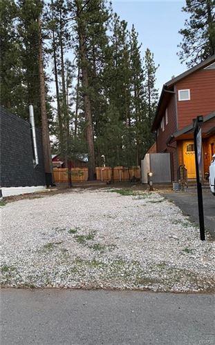 Photo of 40145 Mahanoy Lane, Big Bear Lake, CA 92315 (MLS # 32104058)