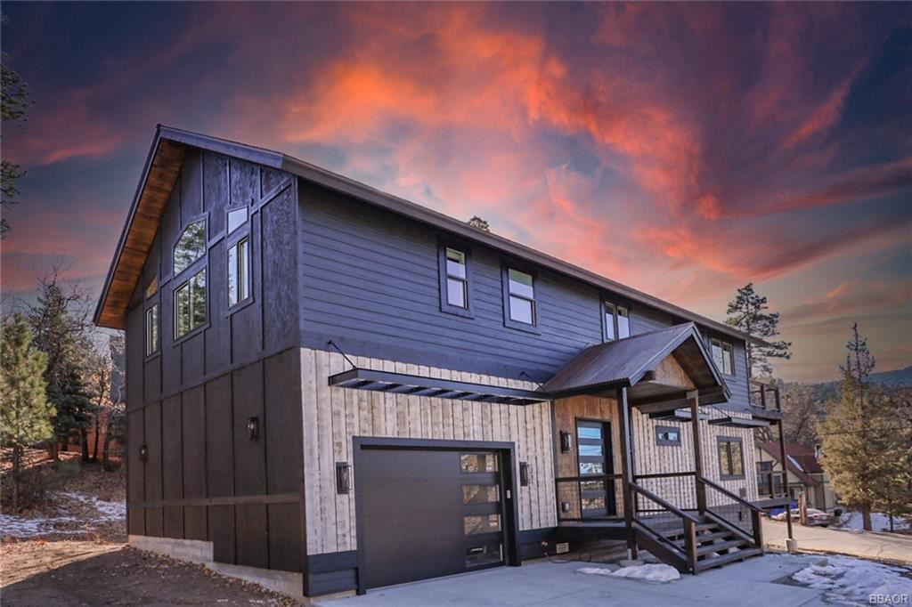 Photo of 1291 Siskiyou Drive, Big Bear Lake, CA 92315 (MLS # 32100073)