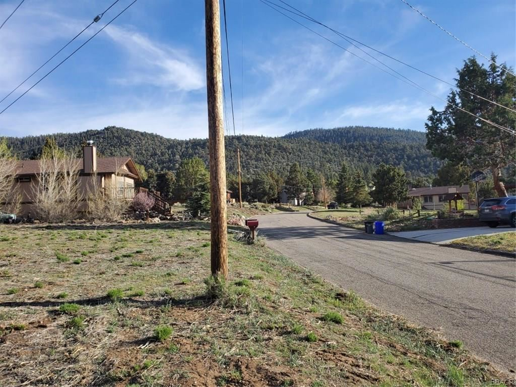 Photo of 1165 Crestwood Drive, Big Bear City, CA 92314 (MLS # 31909079)