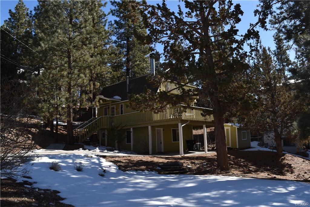Photo of 960 Bear Mountain Road, Big Bear City, CA 92314 (MLS # 32100080)