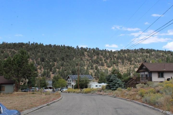 Photo of 0 Crestwood Drive, Big Bear City, CA 92314 (MLS # 3189088)