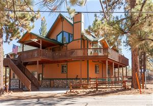 Photo of 39607 Forest Road, Big Bear Lake, CA 92315 (MLS # 31892093)