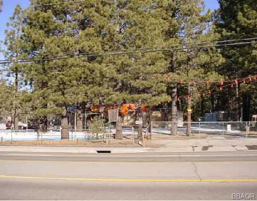 Photo of 42165 Big Bear Boulevard, Big Bear Lake, CA 92315 (MLS # 280095)
