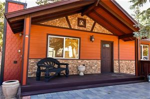 Photo of 960 Hemlock Lane, Big Bear City, CA 92314 (MLS # 31892096)