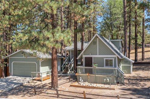 Photo of 39873 Crocus Drive, Big Bear Lake, CA 92315 (MLS # 32108097)