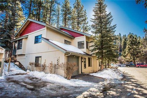 Photo of 43072 Goldmine Woods Lane #43072, Big Bear Lake, CA 92315 (MLS # 32000108)