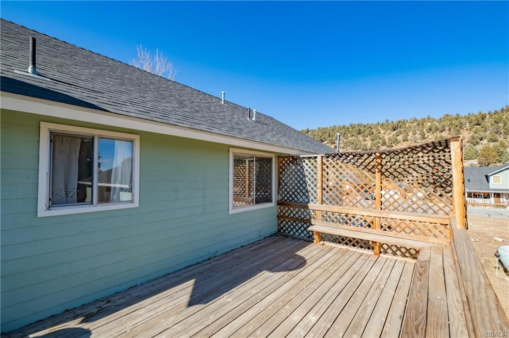 Photo of 1135 Valley View Drive, Big Bear City, CA 92314 (MLS # 32100111)