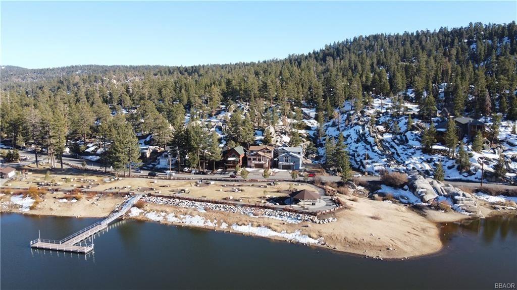 Photo of 39045 Big Bear Boulevard, Big Bear Lake, CA 92315 (MLS # 32100112)