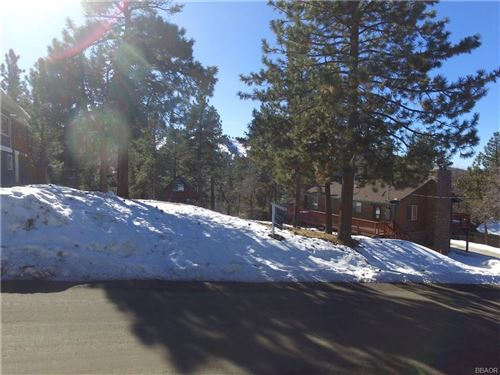 Photo of 43595 Ridgecrest Drive, Big Bear City, CA 92314 (MLS # 32000124)