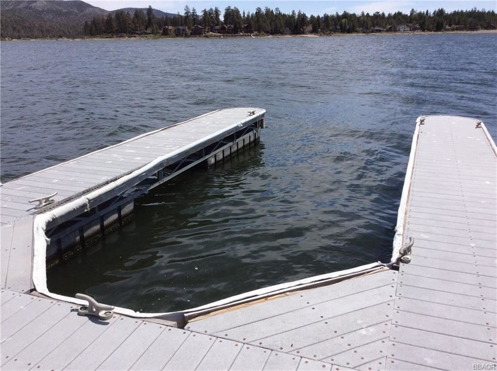 Photo of 400 Pine Knot Boulevard #J-39, Big Bear Lake, CA 92315 (MLS # 32002156)