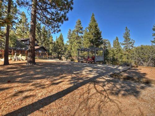Photo of 0 Teakwood Drive, Big Bear Lake, CA 92315 (MLS # 32005158)