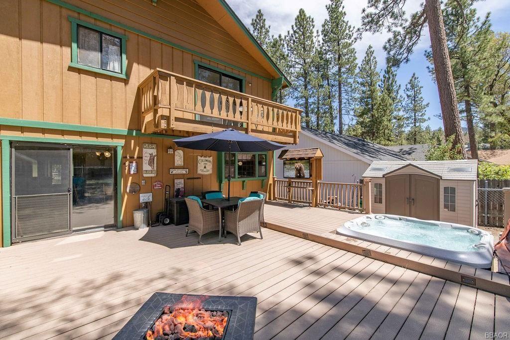Photo of 368 Tannenbaum Drive, Big Bear Lake, CA 92315 (MLS # 32104180)