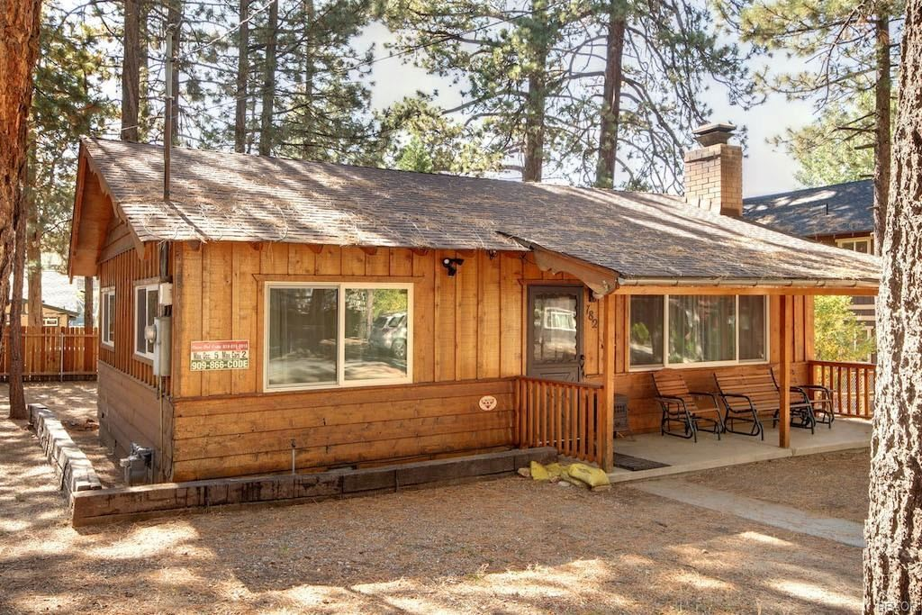 Photo of 782 Tehama Drive, Big Bear Lake, CA 92315 (MLS # 32005182)
