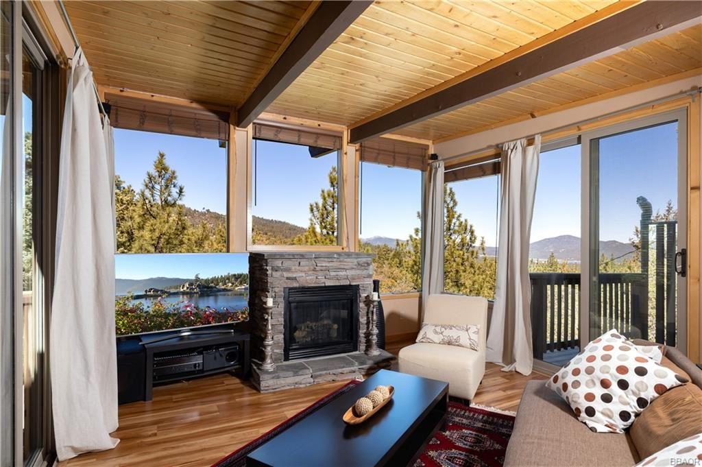 Photo of 43674 Ridge Crest Drive, Big Bear Lake, CA 92315 (MLS # 32104184)
