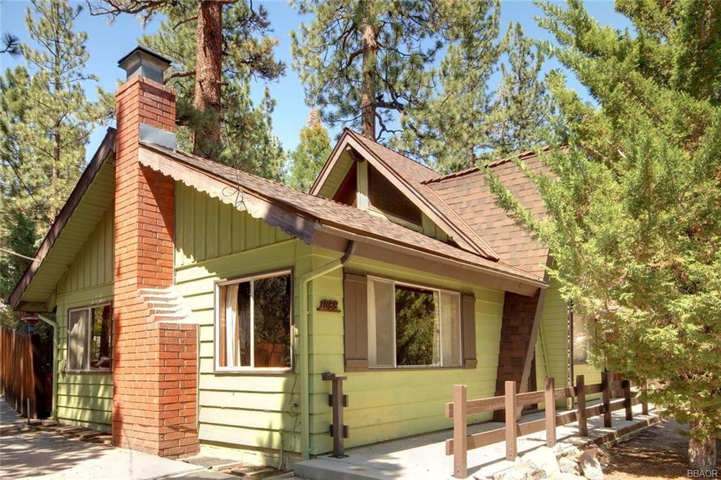 Photo of 1099 Eagle Mountain Drive, Big Bear City, CA 92314 (MLS # 32104197)
