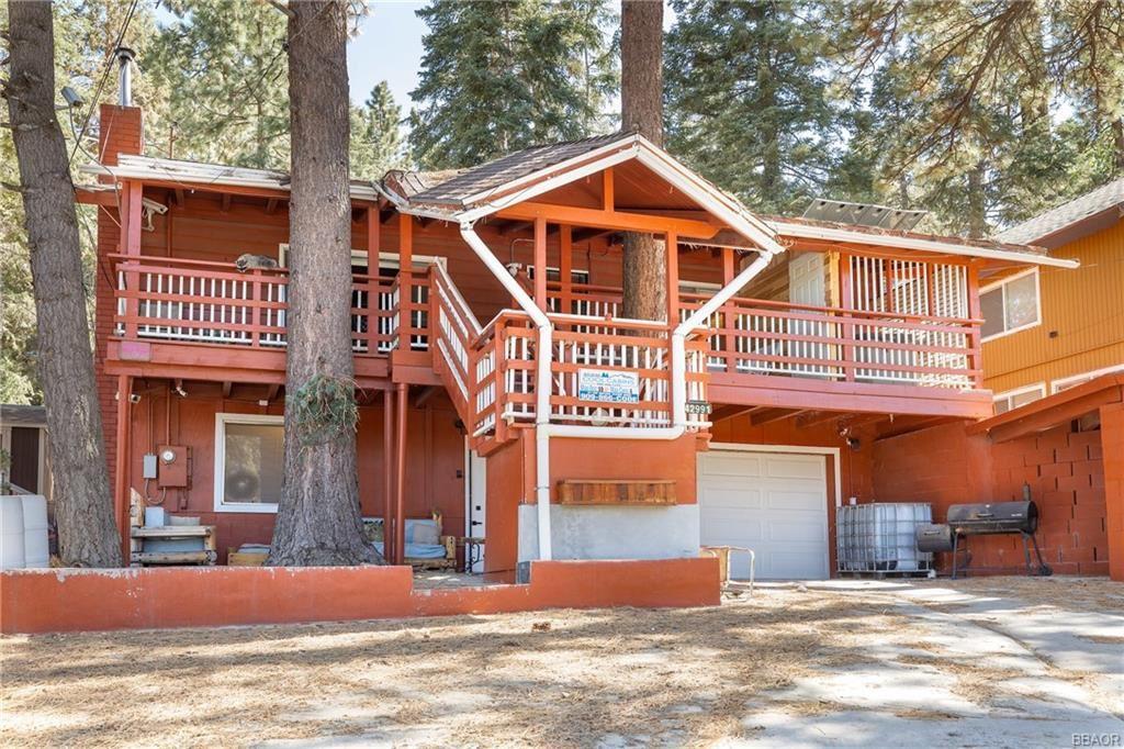 Photo of 42991 Fern Avenue, Big Bear Lake, CA 92315 (MLS # 32104199)