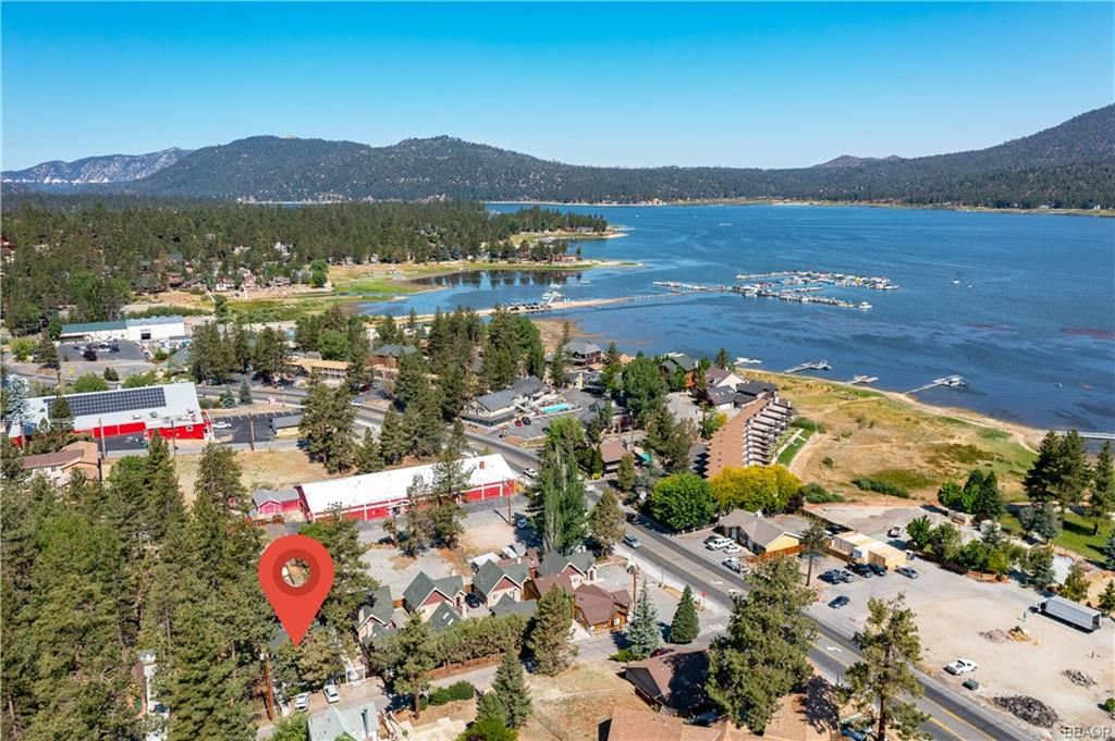Photo of 528 Cottage Lane, Big Bear Lake, CA 92315 (MLS # 32100201)