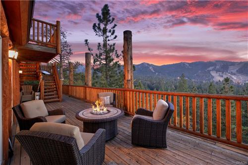 Photo of 43510 Sheephorn Road, Big Bear Lake, CA 92315 (MLS # 31893202)
