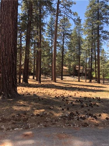 Photo of 296 Towhee Court, Big Bear Lake, CA 92315 (MLS # 3186205)