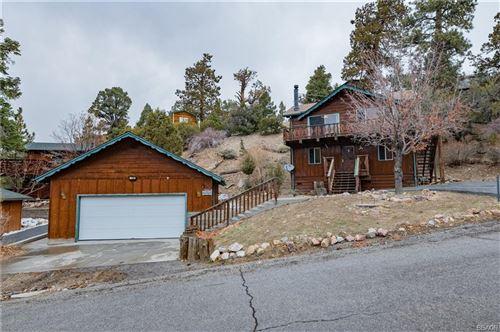 Photo of 1120 Teton Drive, Big Bear Lake, CA 92315 (MLS # 32100209)