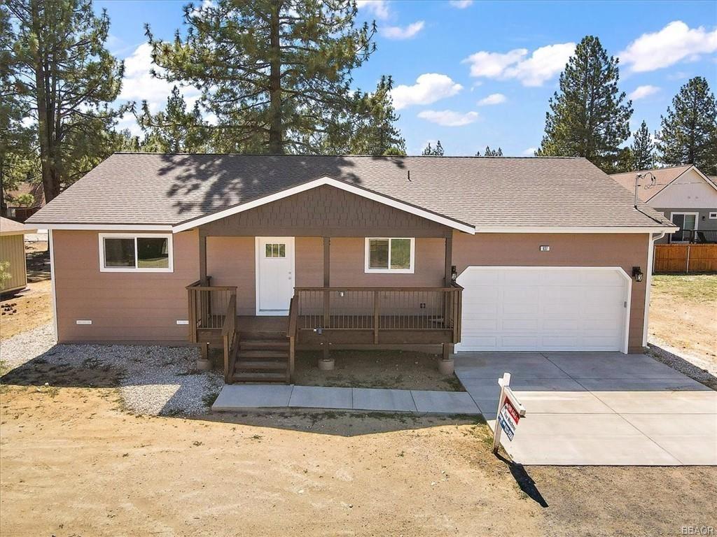Photo of 837 E Lane, Big Bear City, CA 92314 (MLS # 32104209)