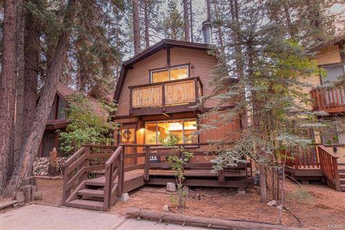 Photo of 42741 La Cerena Avenue, Big Bear Lake, CA 92315 (MLS # 32108219)