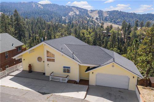 Photo of 43443 Ridge Crest Road, Big Bear Lake, CA 92315 (MLS # 32108223)