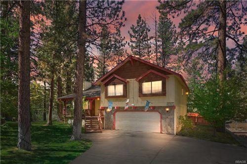 Photo of 480 Crystal Lake Road, Big Bear Lake, CA 92315 (MLS # 32108238)
