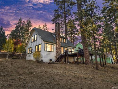 Photo of 40246 Lakeview Drive, Big Bear Lake, CA 92315 (MLS # 32005245)