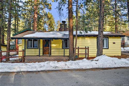 Photo of 42609 La Placida Avenue, Big Bear Lake, CA 92315 (MLS # 32100252)