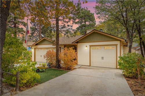 Photo of 535 Inyo Avenue, Sugarloaf, CA 92386 (MLS # 32108255)
