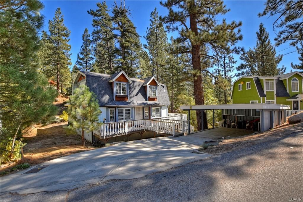 Photo of 1263 Iroquois Lane, Fawnskin, CA 92333 (MLS # 32005278)