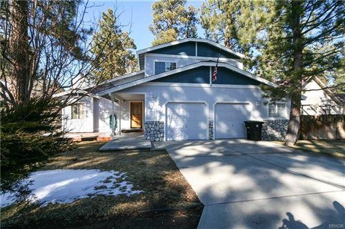 Photo of 543 E Fairway Boulevard, Big Bear City, CA 92314 (MLS # 32105280)